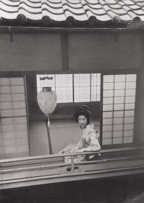 Photo by ihei kimura r ver pinterest portraits et mode for Domon bijouterie