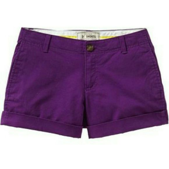 """Old Navy Purple """"perfect khaki"""" shorts Brilliant purple color is fun and perfect for summer! Shorts are in excellent condition. Side slit pockets in front. 2 back pockets. Old Navy """"Perfect Khaki"""" style.   🎉 Classic & Cool HP 6/8 🎉 Pretty Flirty Girly HP 6/12 🎉 Back to Basics HP 6/18 🎉 Everyday Darling HP 6/22 🎉 Weekend Wear HP 6/27 🎉 Minimalist Chic HP 8/19  See the current Sale Ad at the top of my closet ⭐ Bundle & Save ⭐ or Make an offer! Old Navy Shorts"""