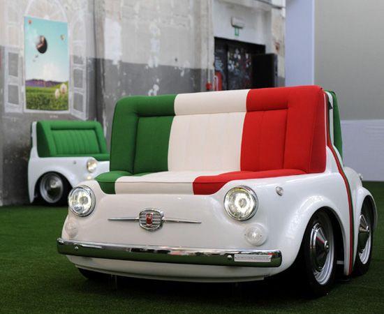 Per L Italia Unita La Vecchia 500 Diventa Divano Fiat 500