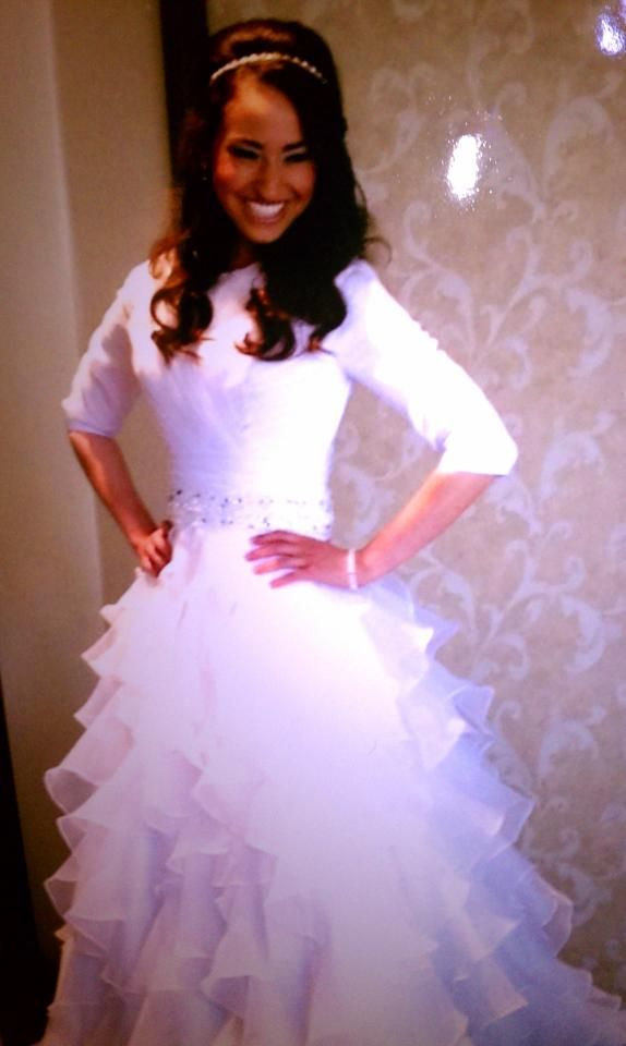 Our Orthodox Jewish Bride wearing the Sydny dress by Epoch ...