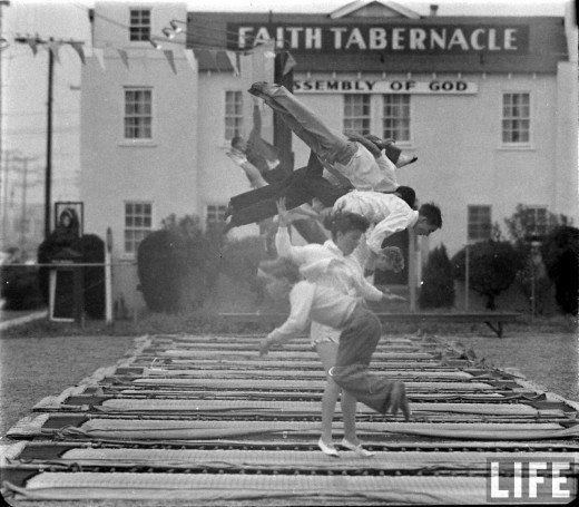 Ralph CRANE :: Trampolining at Jump 'n' Joy, 1960