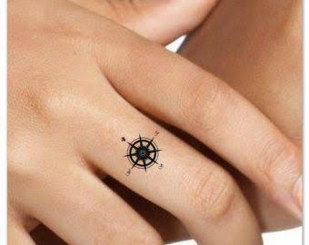 Resultado De Imagem Para Small Compass Tattoo Tiny Finger