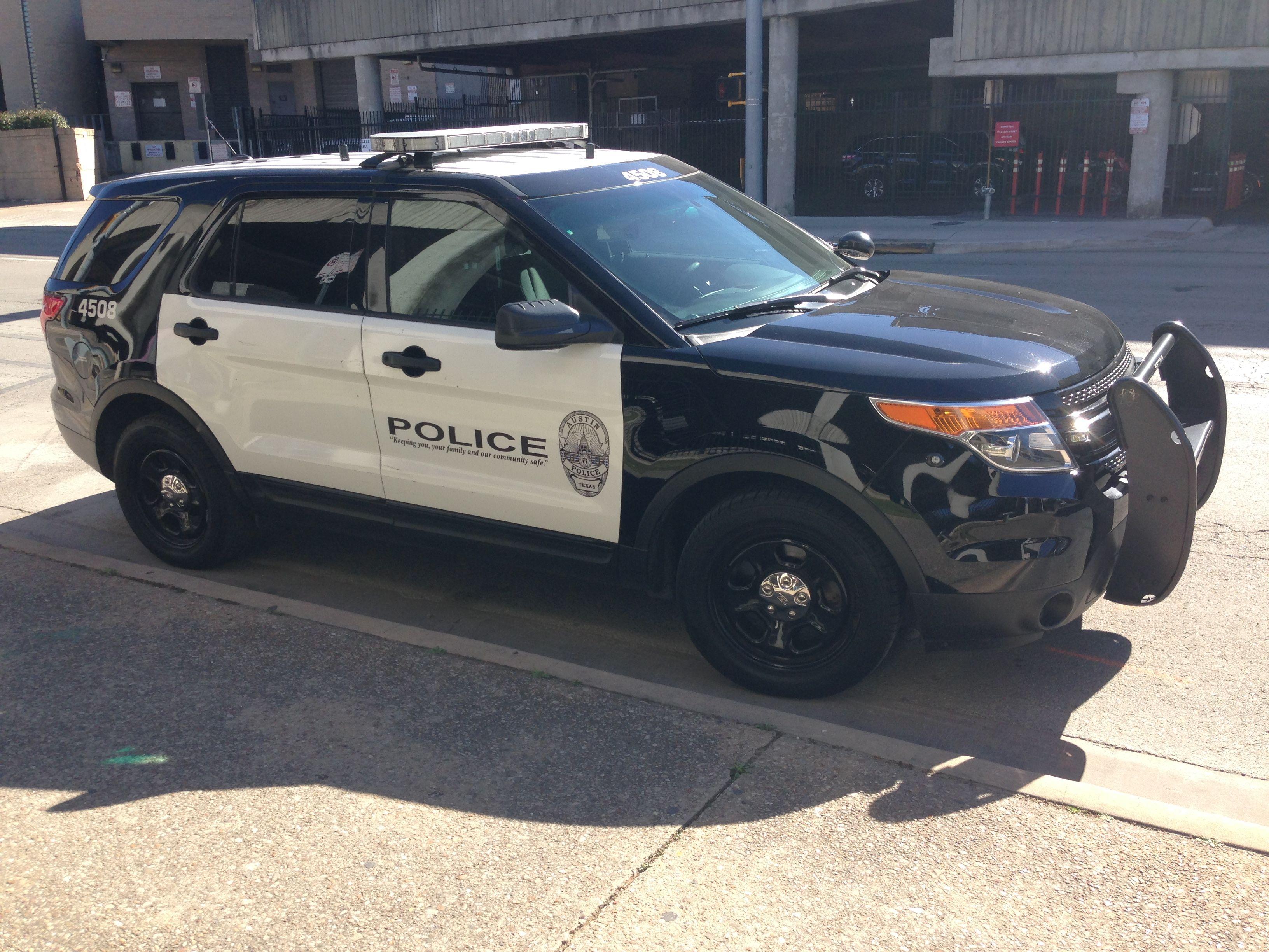 Austin Police Dept  Ford Police Interceptor SUV   Police