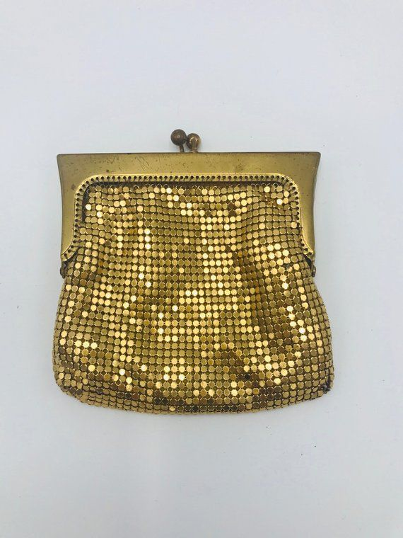 7a221eefb7f1 Vintage 1960s gold alumesh Oroton purse in 2019 | Products | Gold ...
