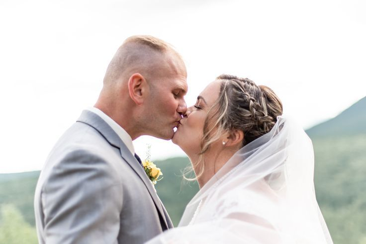 Red Jacket Mountain View Resort Wedding | Resort wedding ...