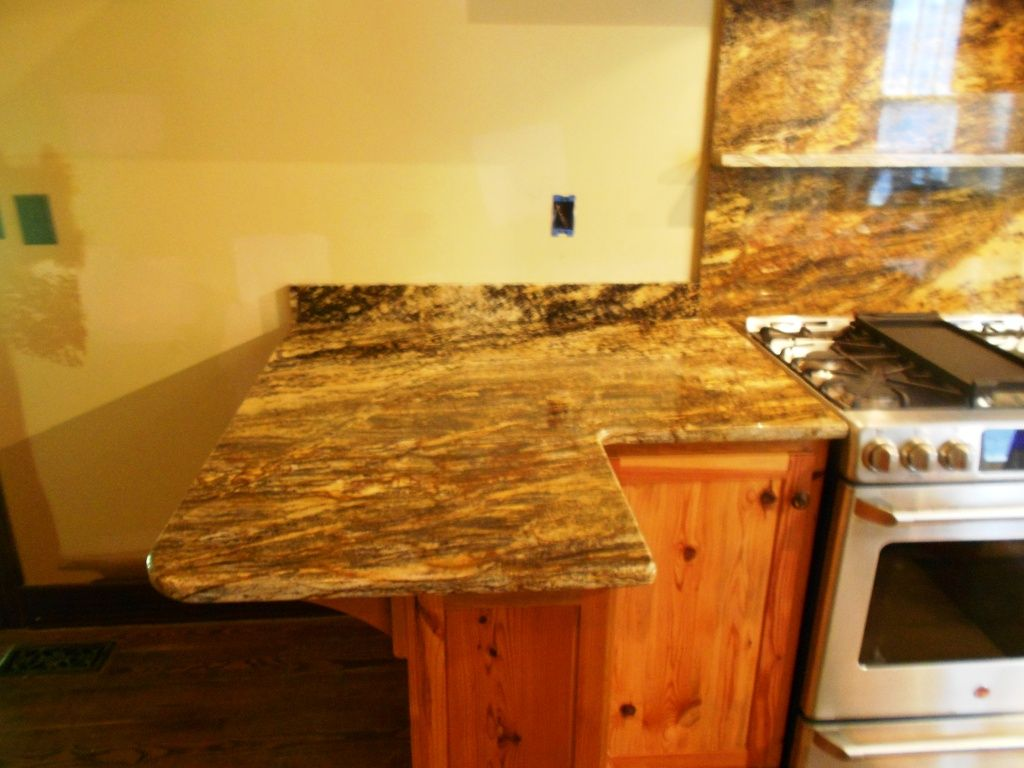 Oak Cabinets With Granite Countertops Pictures Pin By Fireplace And Granite On Granite Colors For Oak