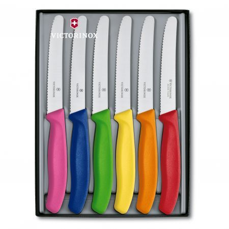 i have a set of these with black handles, and they are fantastic