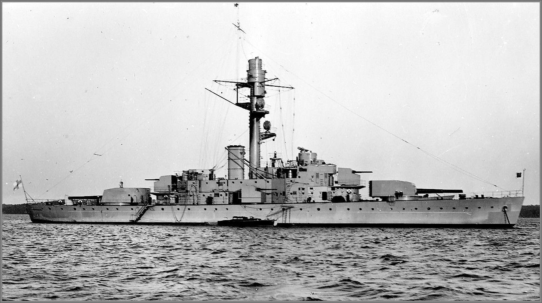Vintage Photographs Of Battleships, Battlecruisers And Cruisers: Finnish Coastal  Defence Ship Väinämöinen In