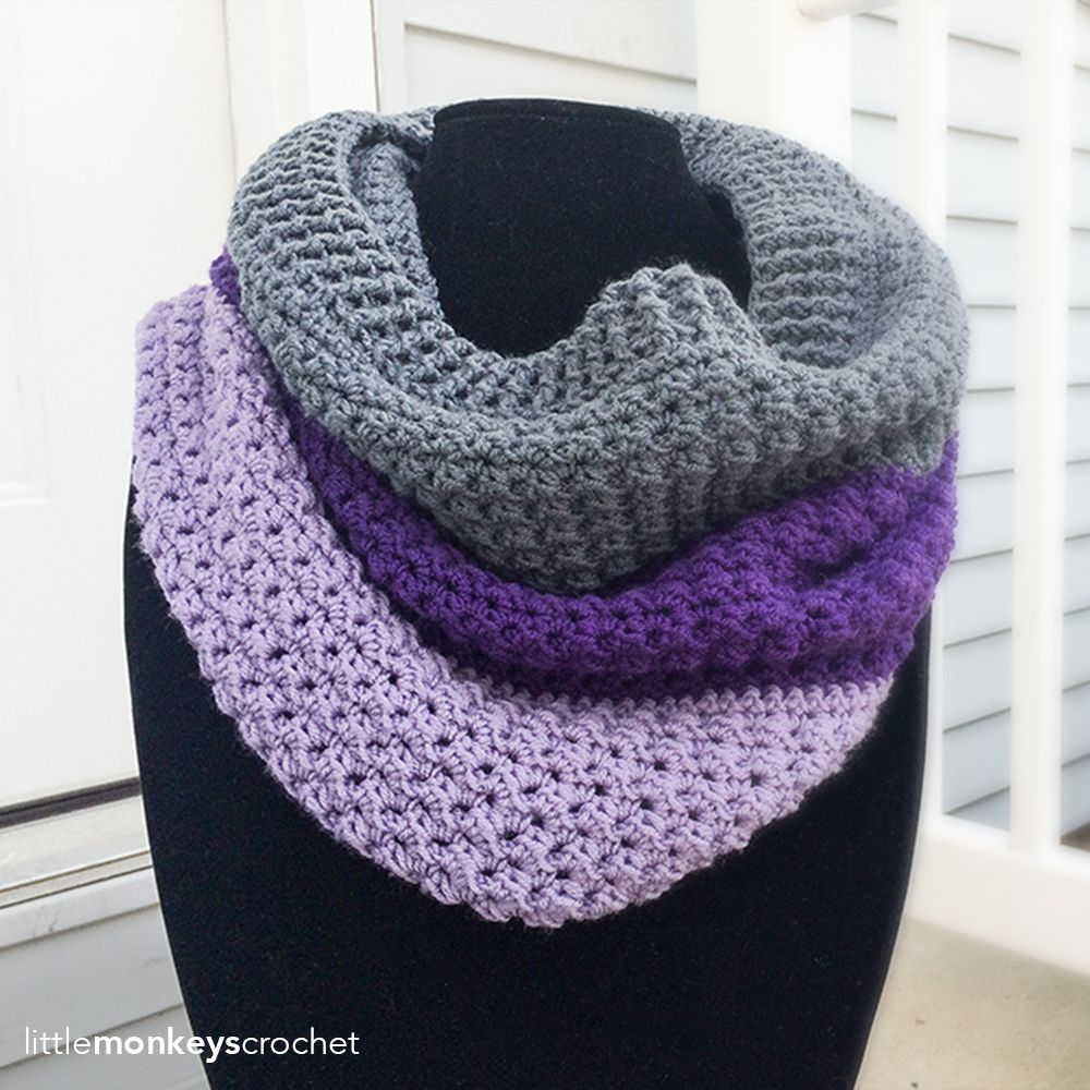 Comfy Squares Color Block Cowl | Free Crochet Pattern from Little Monkeys…