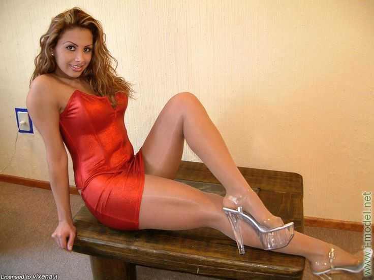 Really Woman In A Red Dress And Pantyhose And Heels -2997