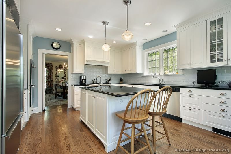 37 l shaped kitchen designs layouts pictures for Black white and blue kitchen ideas