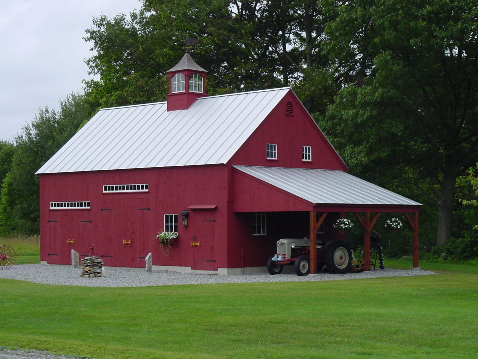 Our 1 1 2 Story Barn 22 39 X 36 39 With 12 39 X 20 39 Open Lean To