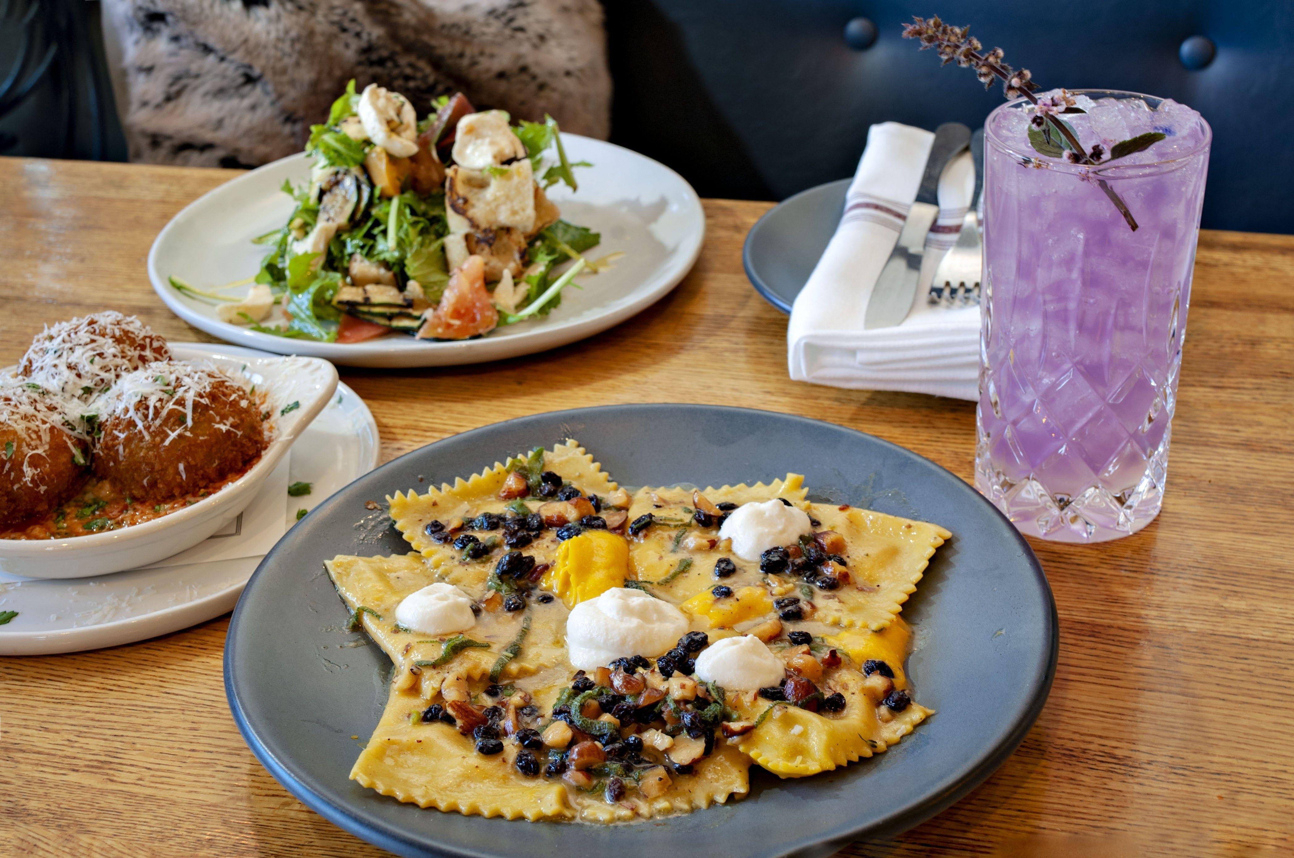 Cafe review phoenixs pasta pantheon a new