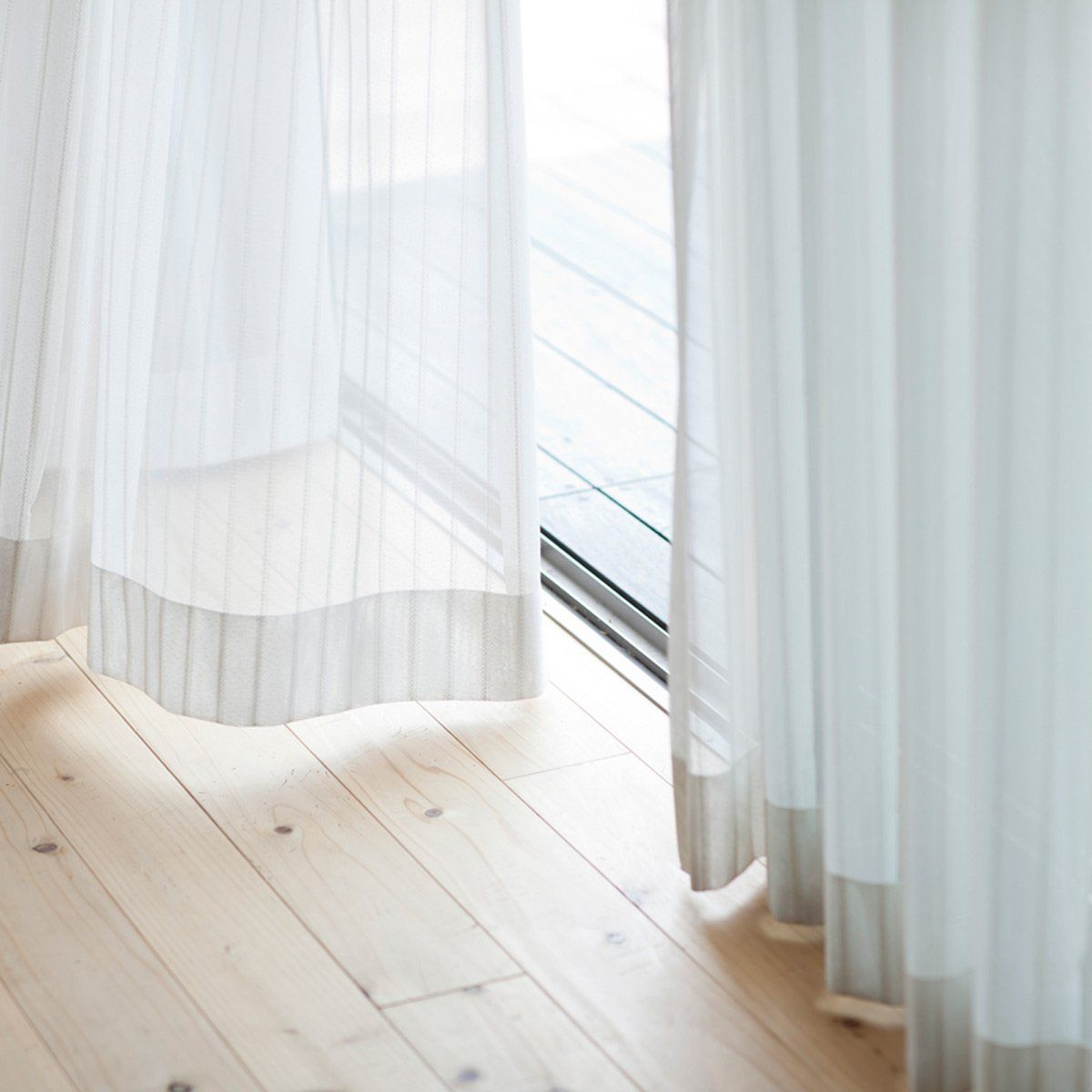 This Is The Proper Height To Hang Your Curtains Curtains Without
