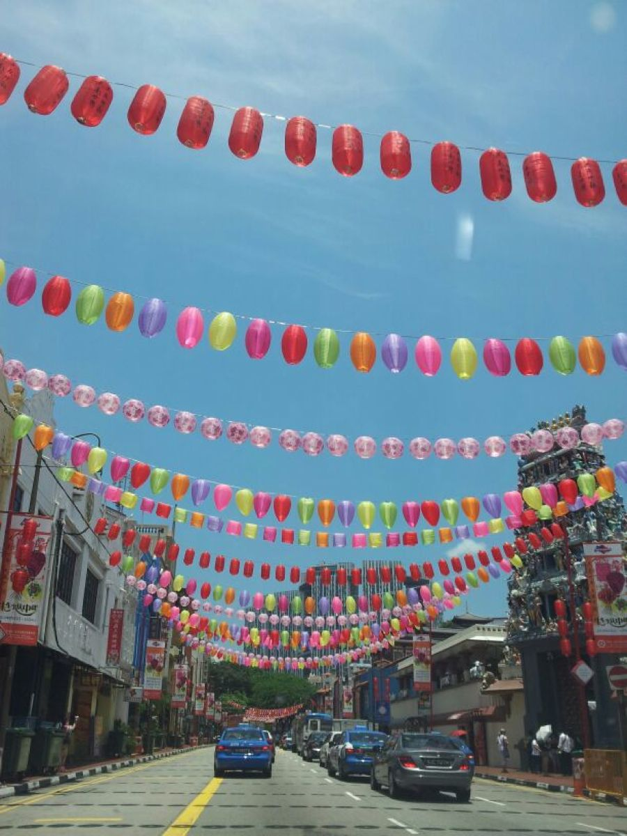 Bis Survey Singapore 3rd Largest Foreign Exchange Trading Centre Is A Multi Racial Society Picture Shows Lanterns Put Up In Chinatown To