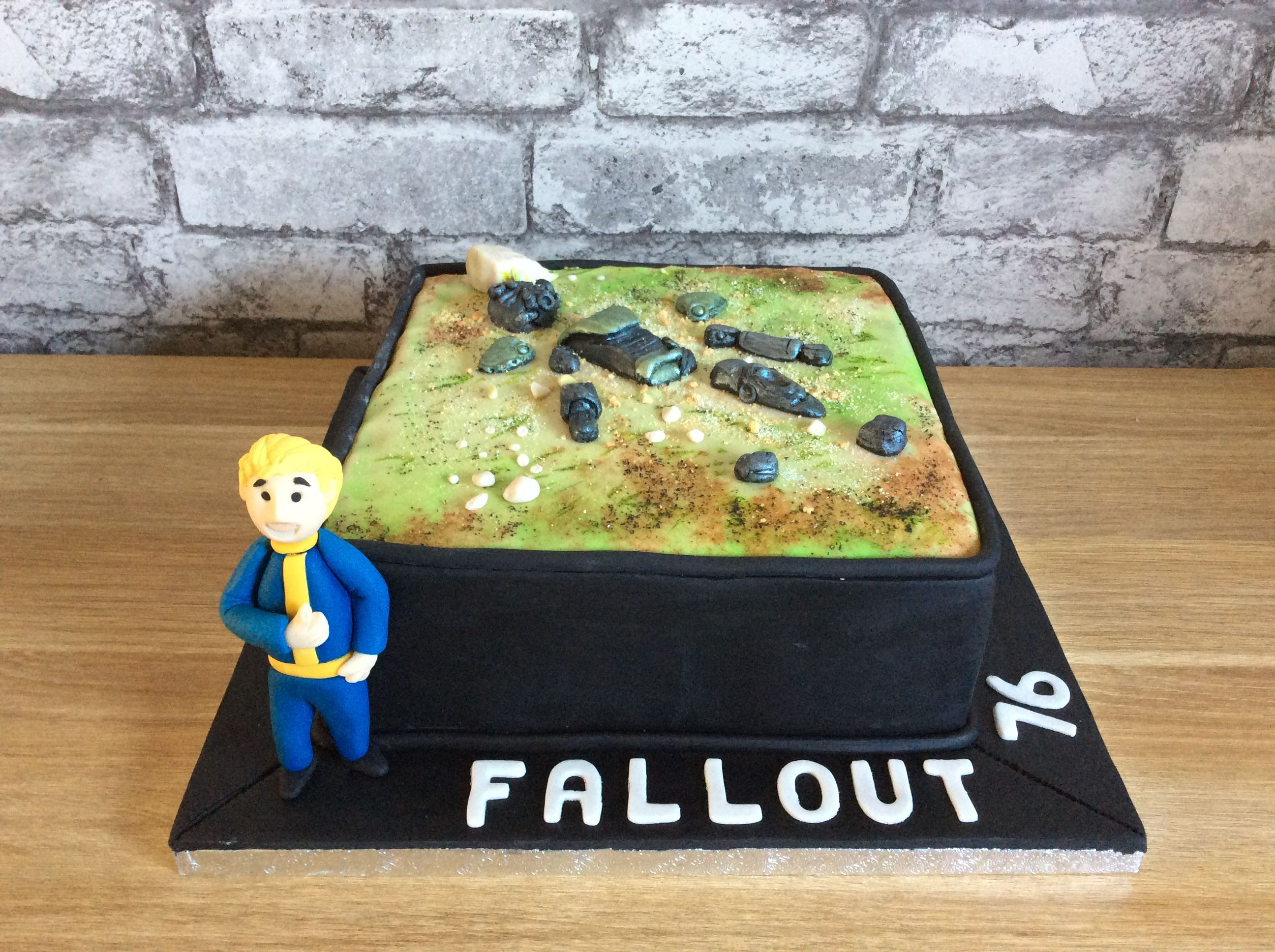 Fallout 76 themed birthday cake x | Quick Saves | Themed