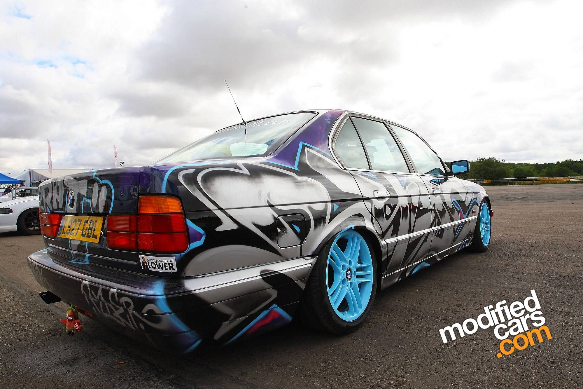 Cool paint jobs on trucks bmw with custom paint job ultimate vip affiliates how to paint your car do it yourself auto body and paint training site solutioingenieria Gallery