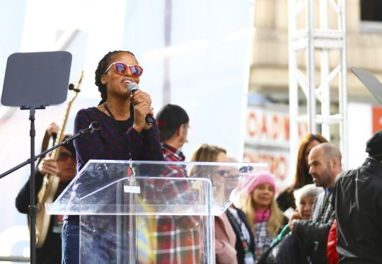 Kerry Washington speaks for approximately 750.000 people during the Women's March in Downtown LA