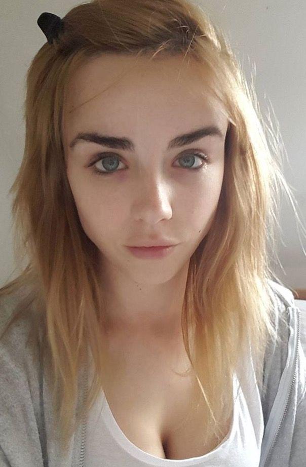 Danielle Sharp   Pretty face, Girls lips, Girl next door