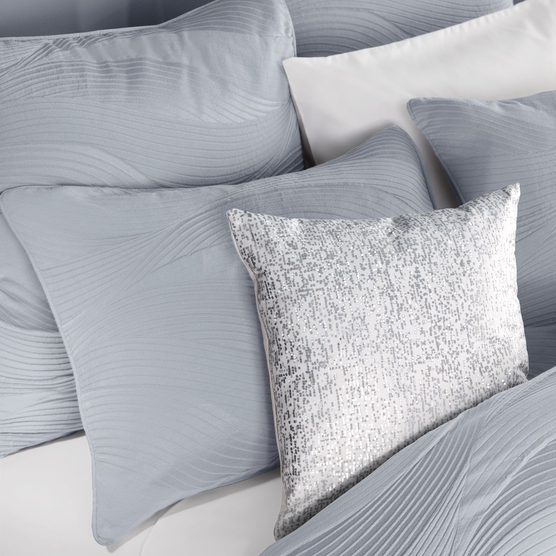 Simply Vera Vera Wang 3 Piece Linework Comforter Set Bedroom
