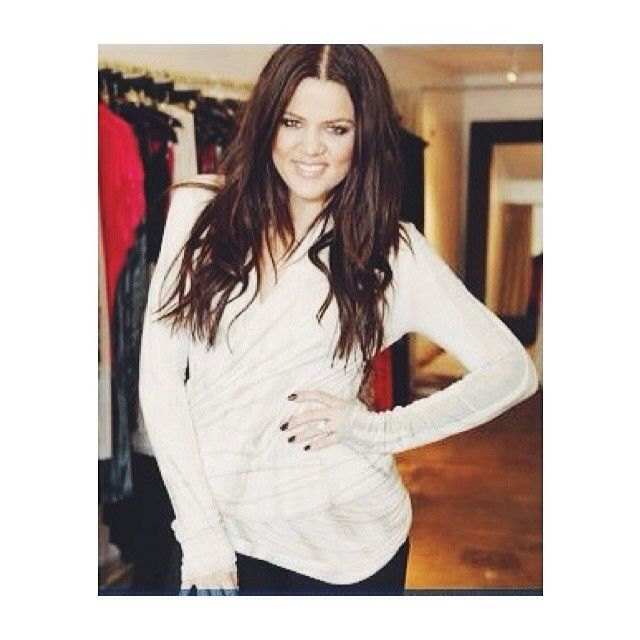 Throwing it back to one of our favorite moments of #khloekardashian in her #RachelPally wrap jacket
