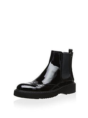 Prada Women's Wingtip Boot (Black)