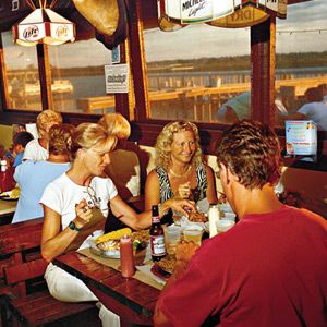 Top 10 Southern Seafood Dives J B S Fish Camp Restaurant New Smyrna Beach Fl Southernliving