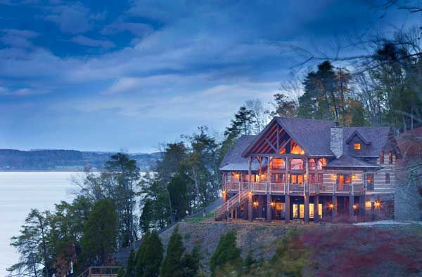 The Pfendlers Hewn Log Home Is Perched On The Wooded Shore Of Douglas Lake In The Northeast Tennessee Nine Of Tennessee Vacation Log Homes House In The Woods