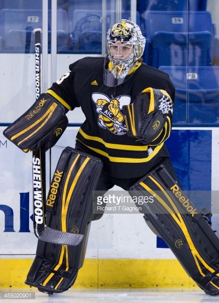 American International Yellow Jackets Hockey Google Search Men S Hockey Hockey Air Force