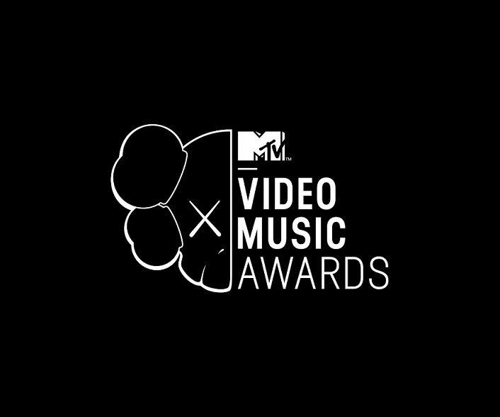 Los ganadores de los VMA 2013 son:  http://blogueabanana.com/ar-t/150-musica/1152-ganadores-vma-2013.html