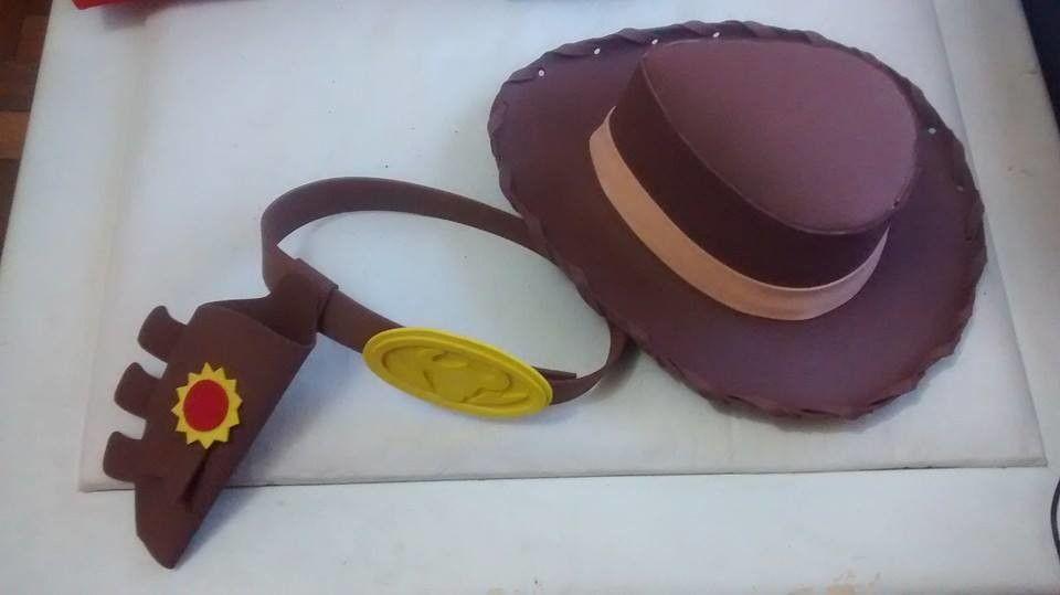 KIT Cinto + Chapéu Woody p  crianças EVA  46b811200e3