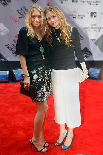Olsen Twins at the MTv Music Awards | Mark-Kate & Ashley Olsen Call Acting Quits! » OLSEN Twins