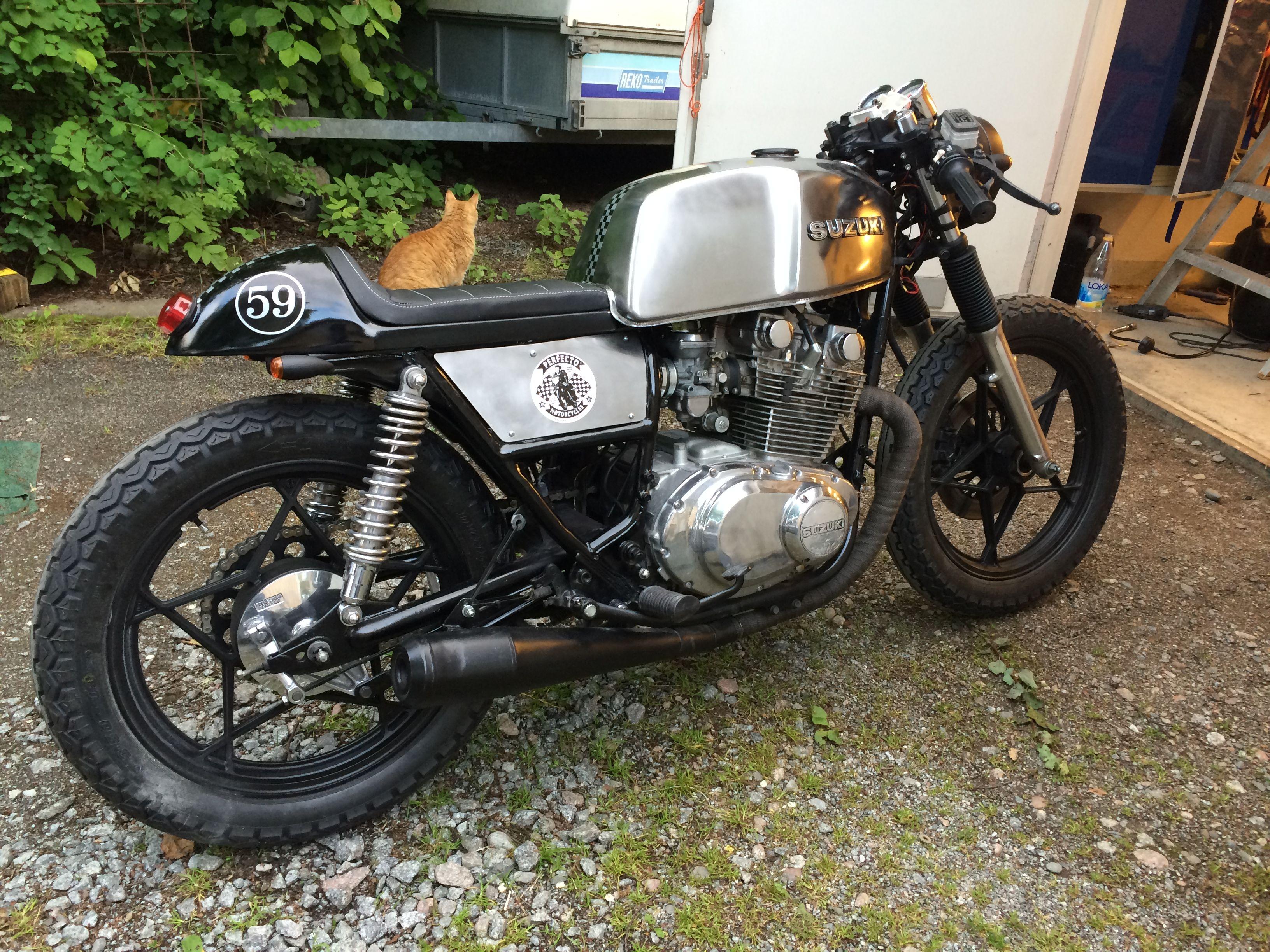 Crossfield Suzuki Gs 450 Cafe Racer Cafe Bike Suzuki Cafe Racer