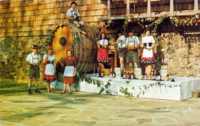 "Postcard: Wiederkehr's Annual Grape Festival Altus, Arkansas  ""Wiederkehr's Annual Swiss Style Grape Festival."