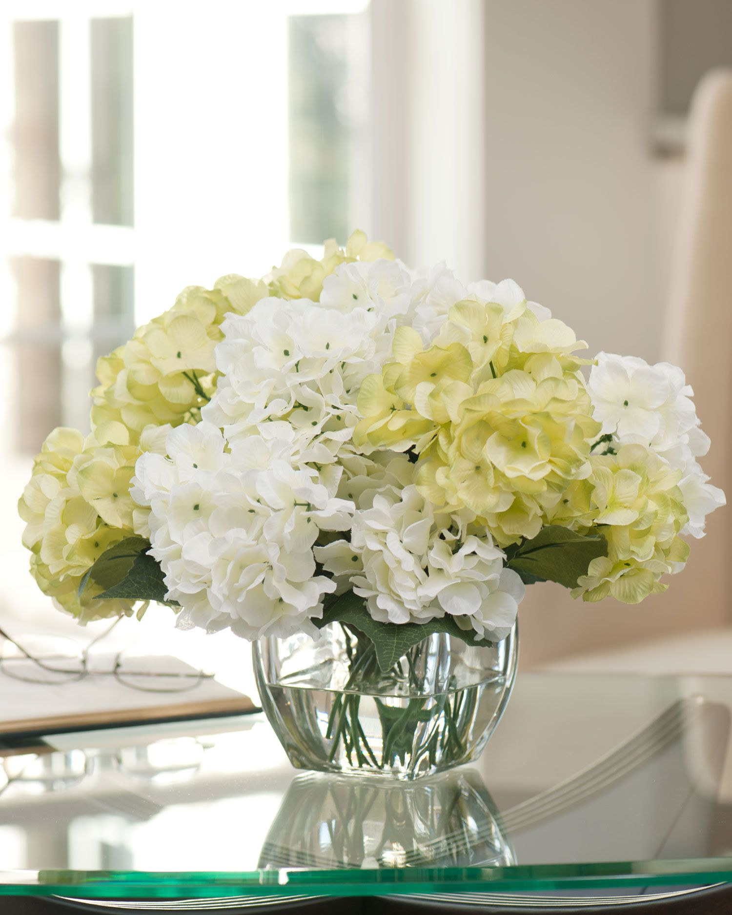 Wedding White Hydrangea: Silk Hydrangea Centerpiece