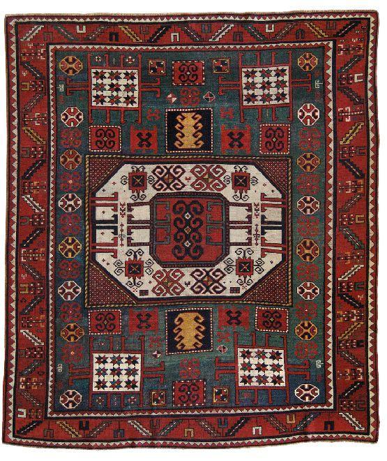 Troviamo in questo tappeto tutte le caratteristiche del
