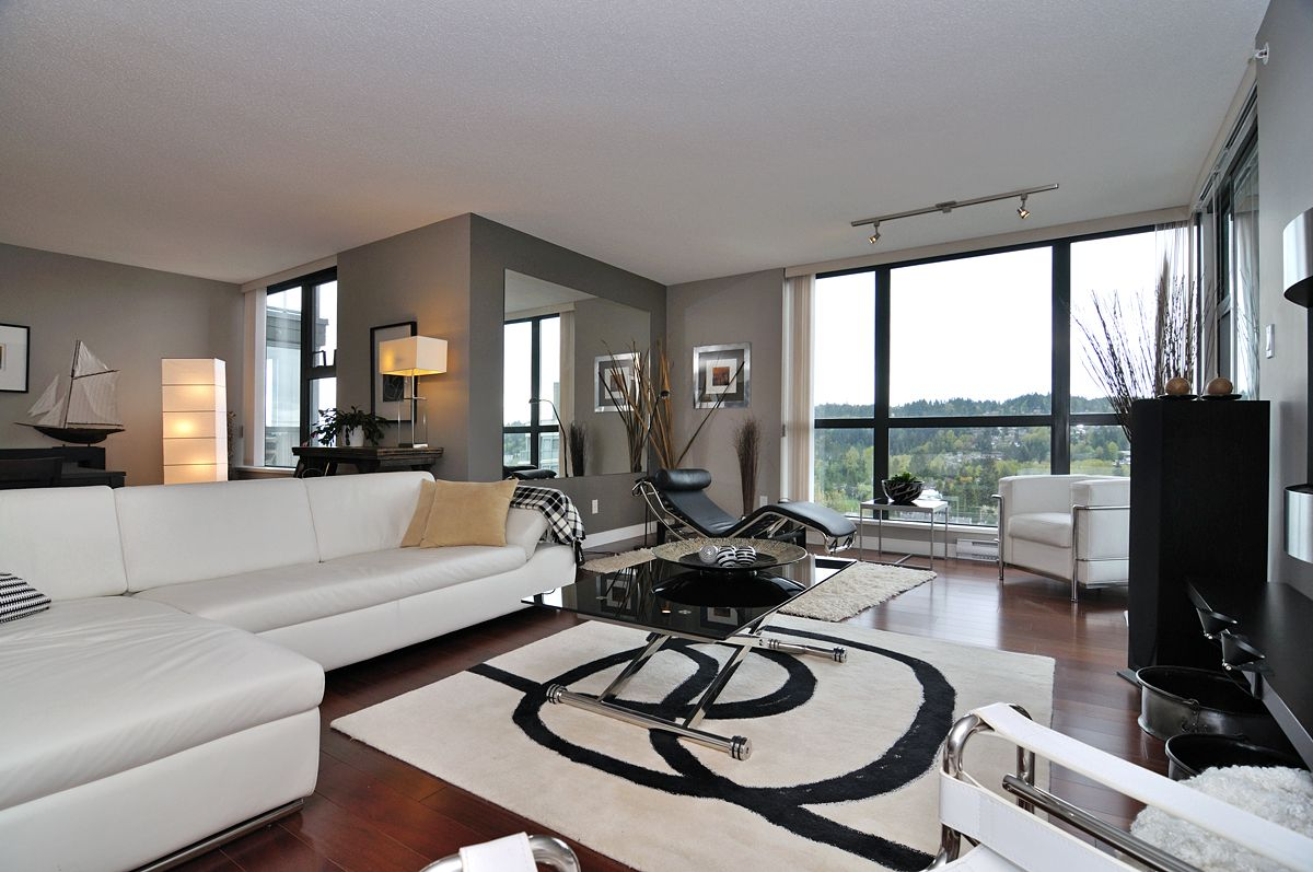 Penthouse in newport village port moody bc