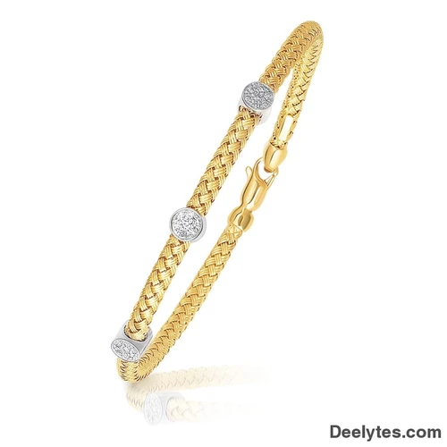 Bunnyberry 14K Yellow Gold Childrens Bangle with Diamond Cuts