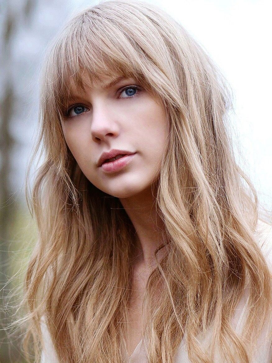 Just Close Your Eyes The Sun Is Going Down Taylor Swift Photoshoot Taylor Swift Music Taylor Swift Hot