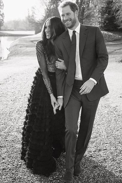 Find Out Where To Get The Dress Photography Pinterest Celebrity