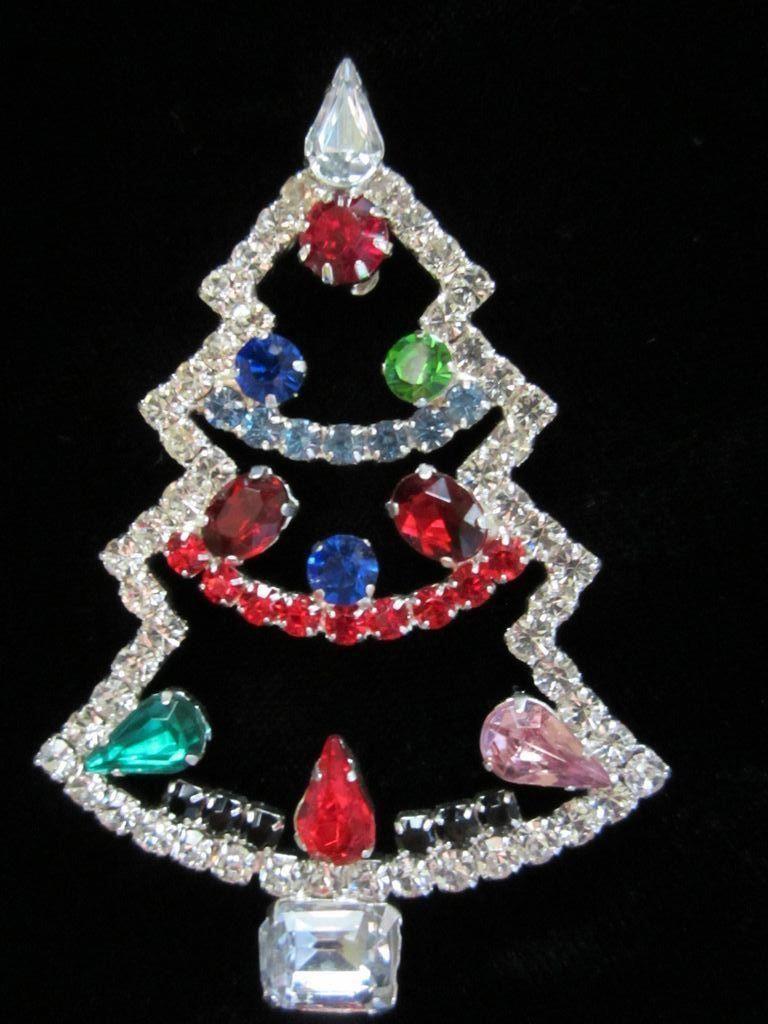 Jewellery Meaning In English Jewelry Store Near Me Now Jewellerytokyo Jewelrystoresnearme Jewelry Christmas Tree Christmas Jewelry Christmas Tree