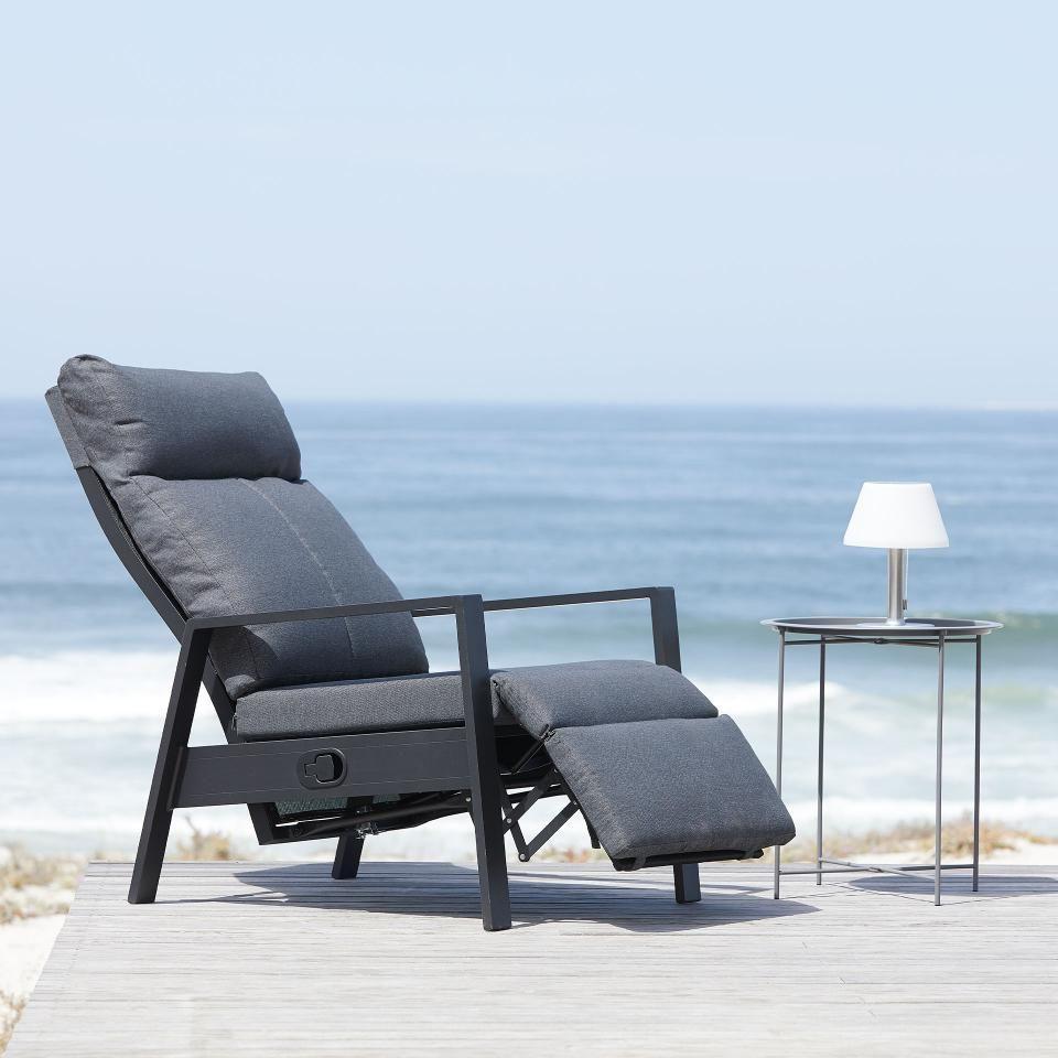 Relaxsessel Vonge Schwarz Grau Danisches Bettenlager Relaxsessel Sessel Relaxen