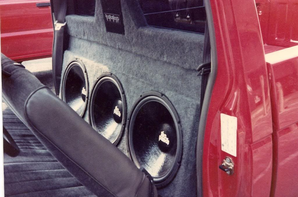 Pin By Cns Title Company Inc On Old School Stereo Installs Car Audio Installation Truck Audio Custom Car Audio