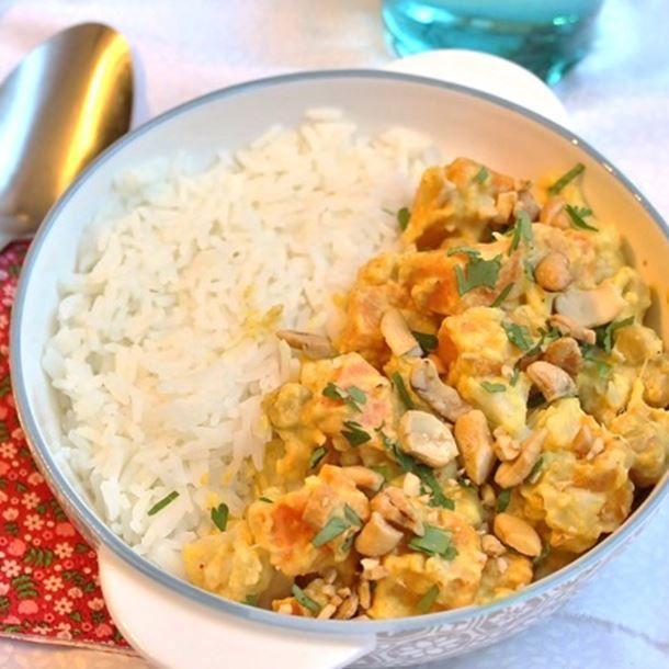 Curry végétarien choux fleur, patate douce et pois chiche