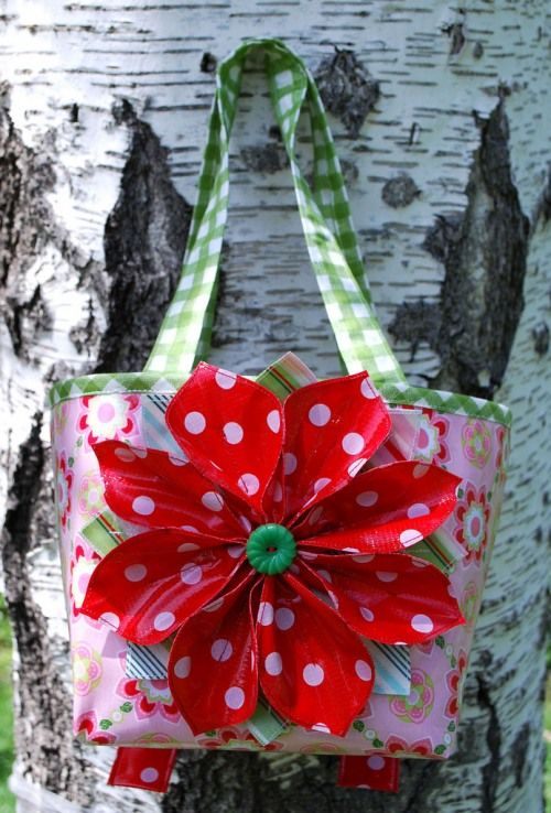 I really want to make this little bag.