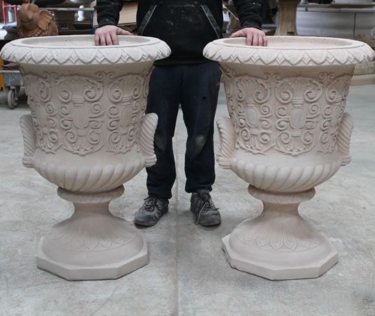 Stone Garden Urns Stone Planters And Planting Features In Uk