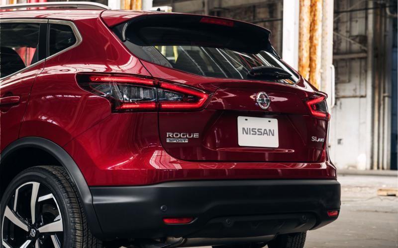 Nissan Rogue Sport Sl 2020 Nissan Rogue Nissan Cars Nissan Qashqai