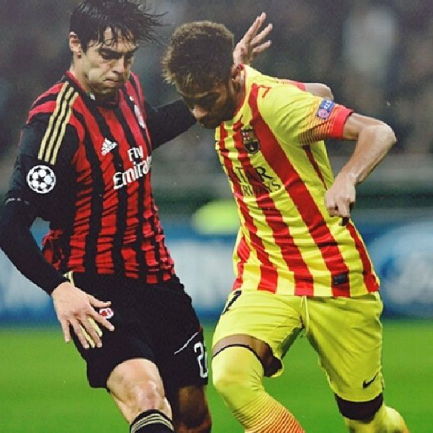 Pin By Dorna On Footballaddict Neymar Ricardo Kaka Soccer Players