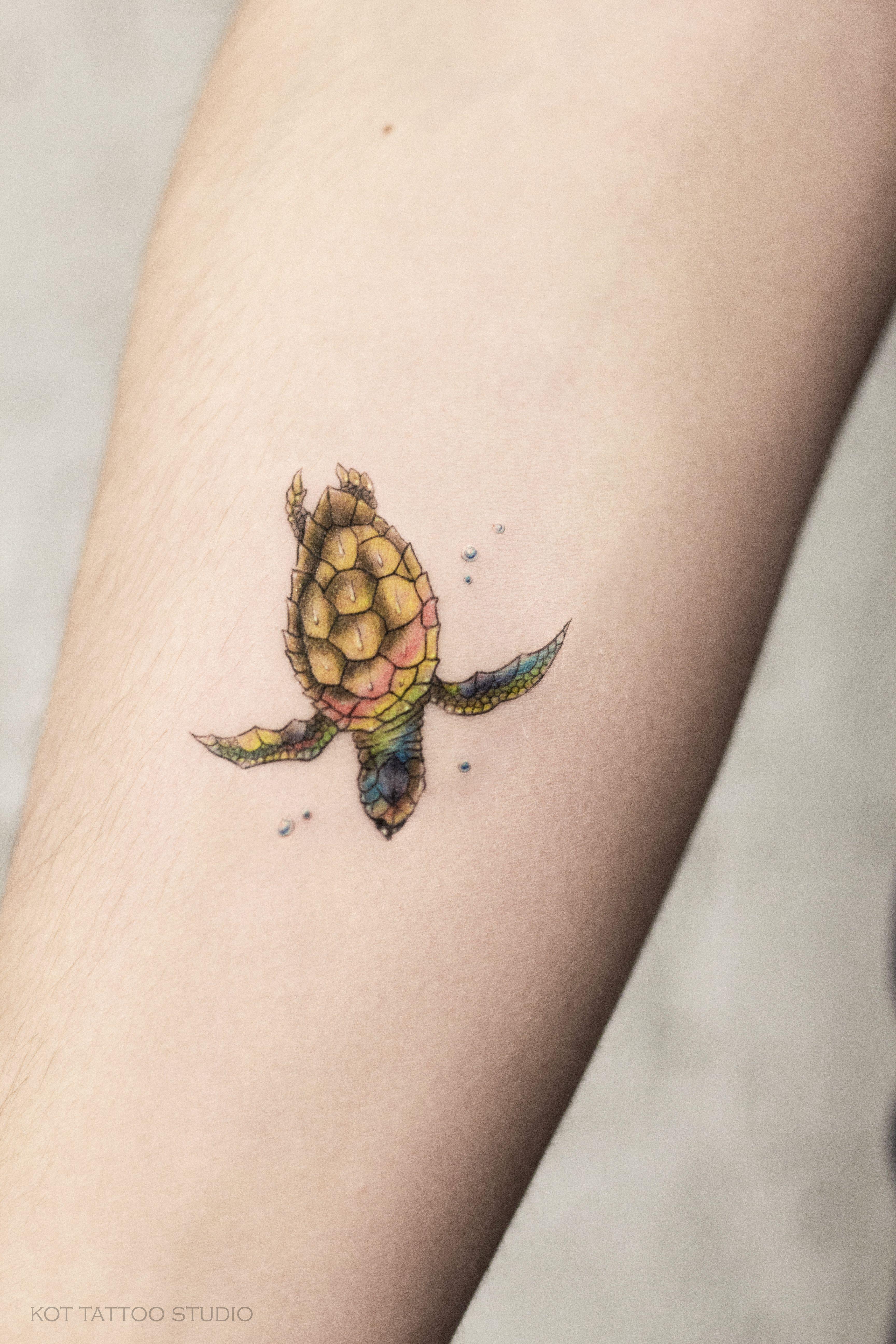 мы любим делать маленькие тату а маленькие тату на руке особенно