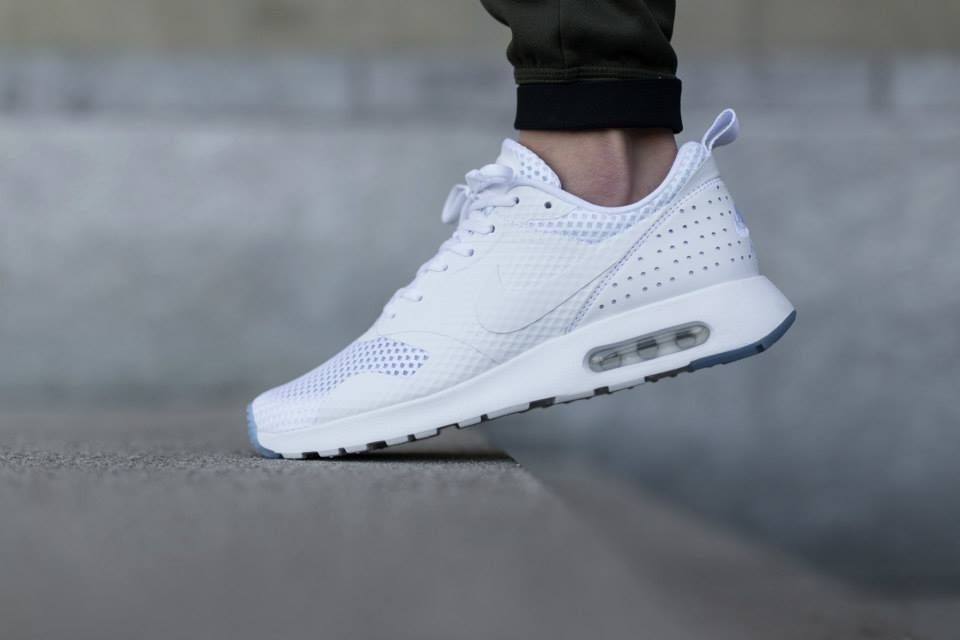 nike air max tavas triple white price